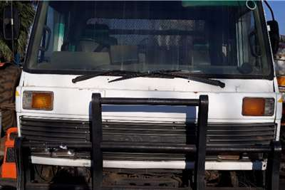 Nissan NISSAN DIESEL 8 TON CAGE TRUCK Truck
