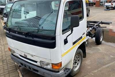 Nissan Nissan UD20 Cabstar Truck