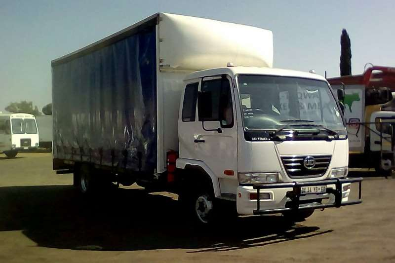 Nissan Truck NISSAN UD60 CURTAINSIDE 2015