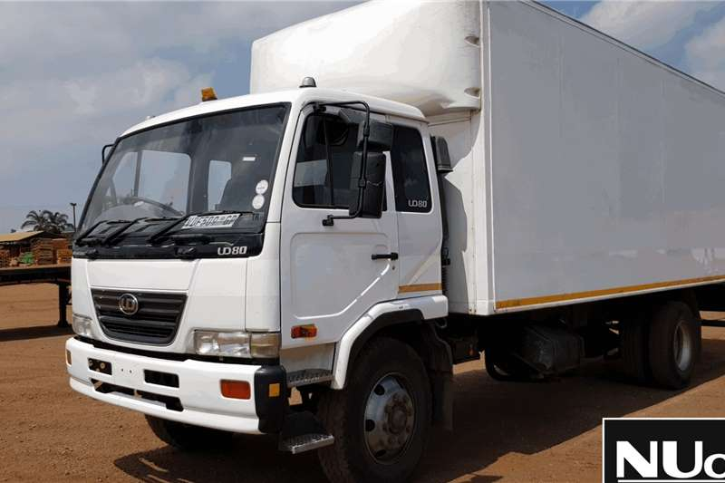Nissan Truck NISSAN UD80 VOLUME BODY
