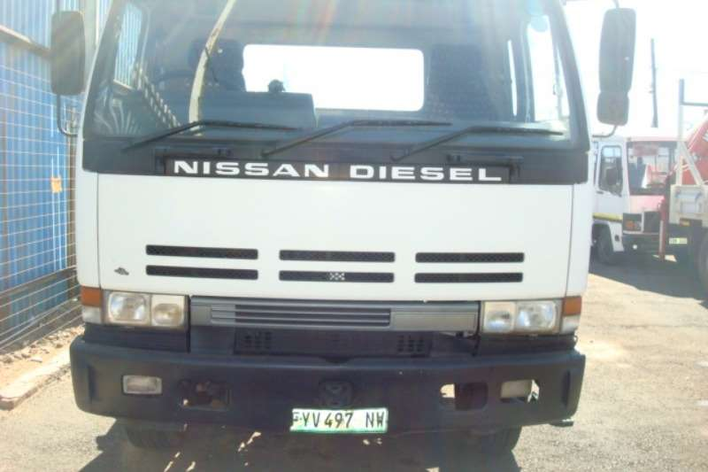 Nissan Truck Other NISSAN CK 350 TRUCK TRACTOR AUTO 1998