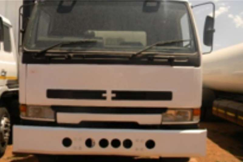 Nissan Truck Refuse disposal NISSAN T13516, DOUBLE AXLE GARBAGE REMOVAL UNIT ON 2000