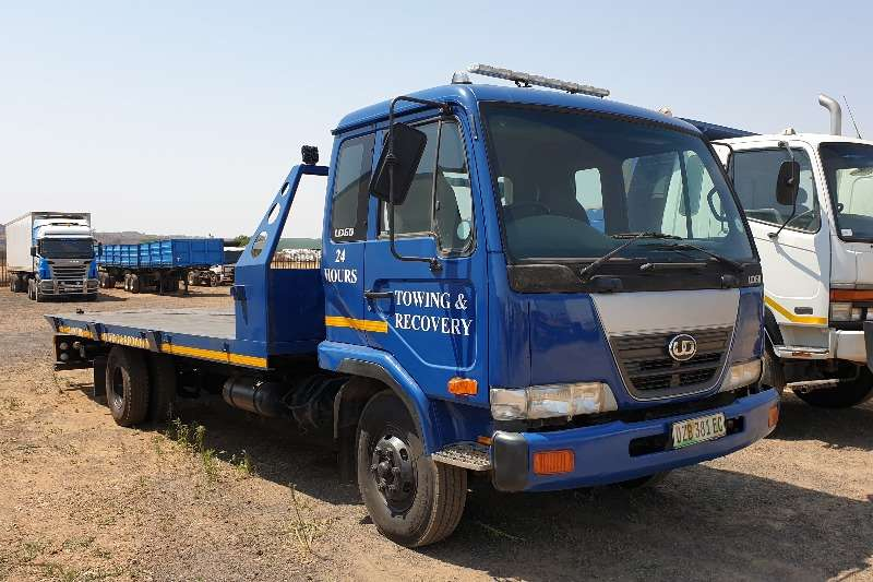 Nissan Truck Roll back UD60 Rollback 2008
