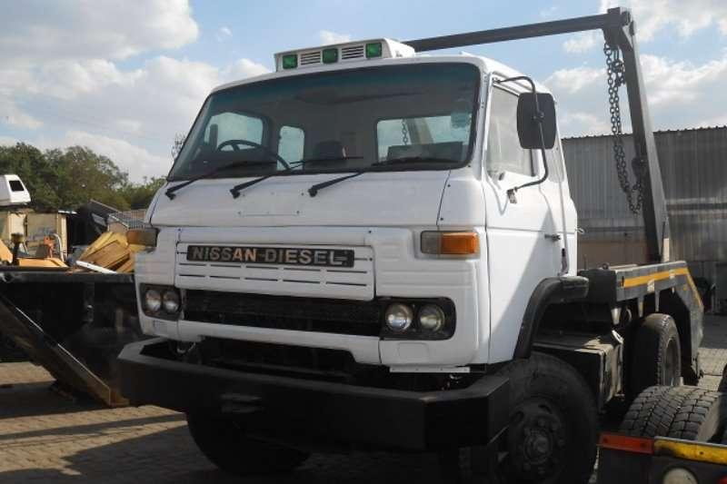 Nissan Truck Skip bin loader CK20 1981