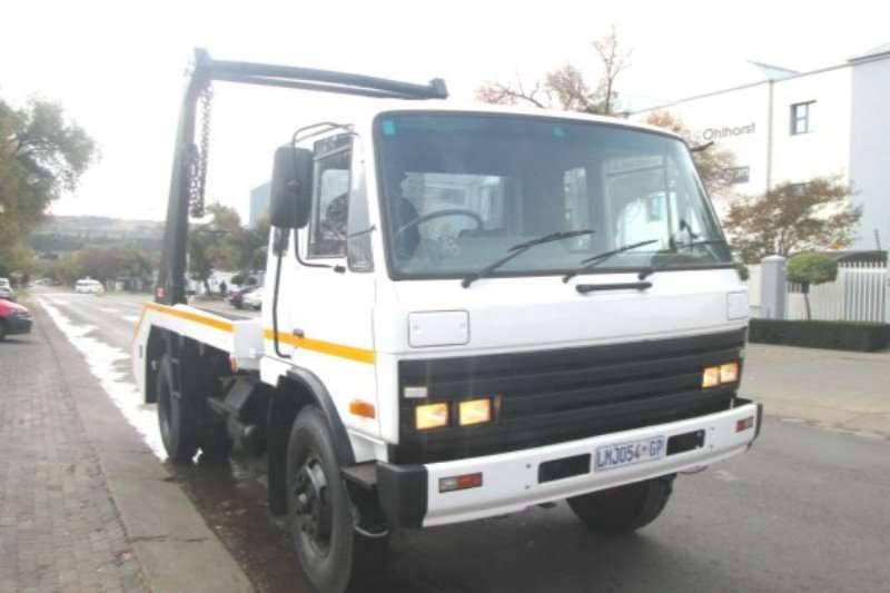 Nissan Truck Skip bin loader CM12 1993