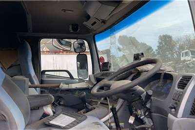 Nissan 2009 Nissan UD390 Used Cab Truck spares and parts