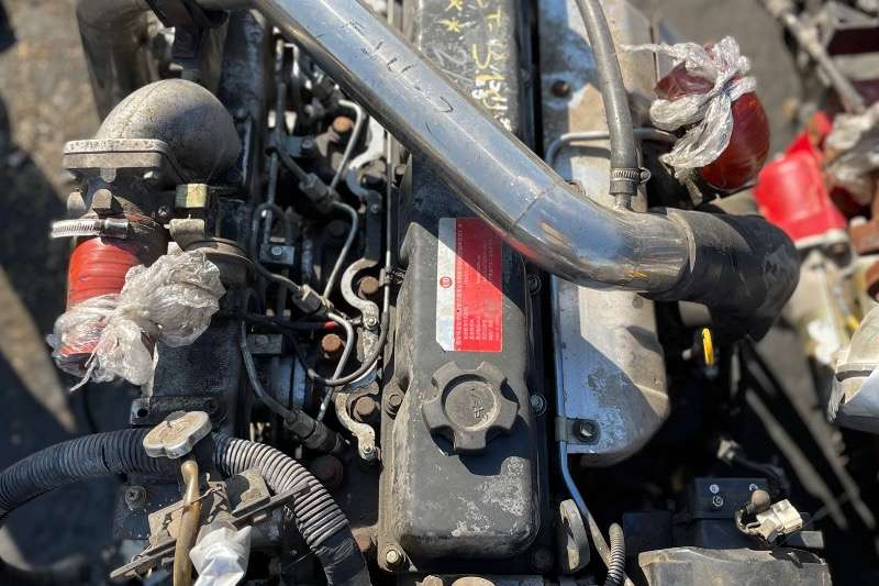 Nissan Engines NISSAN UD TD42 ENGINE AND GEARBOX Truck spares and parts