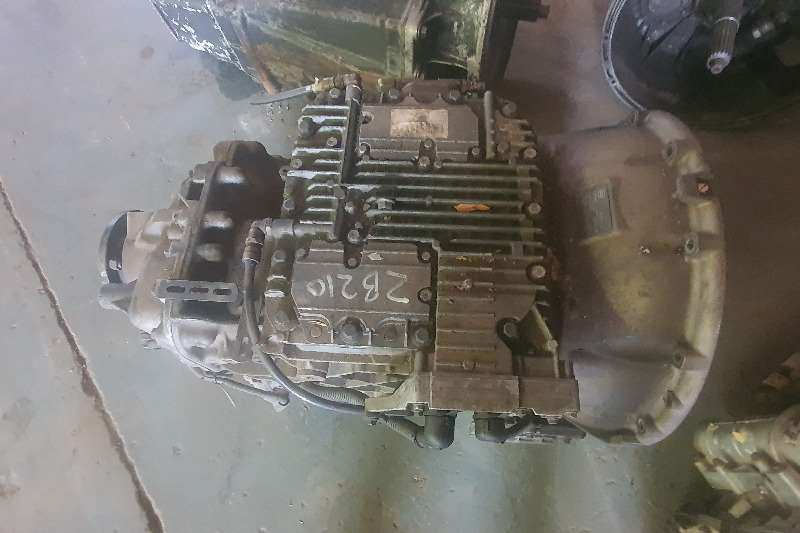 Nissan Gearboxes I Shift Non IT Truck spares and parts