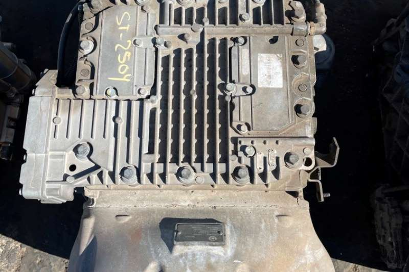Nissan Gearboxes NISSAN UD ATO2612D GEARBOX Truck spares and parts