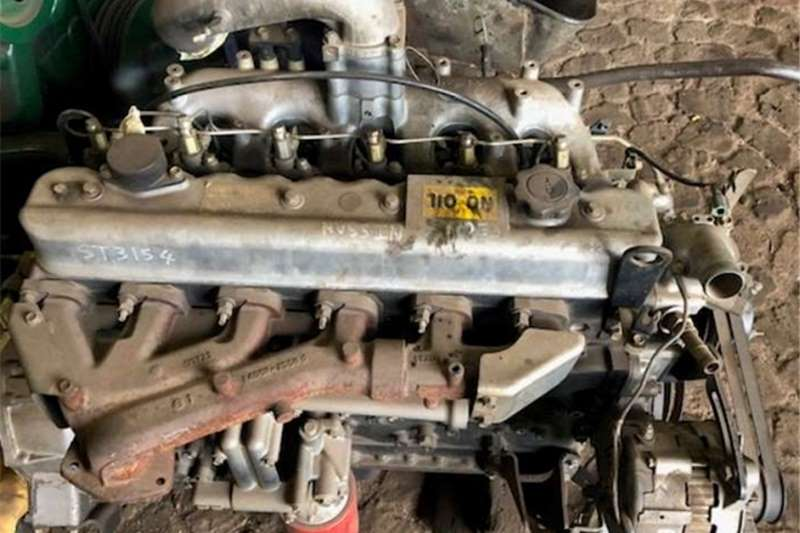 Nissan Truck spares Engines