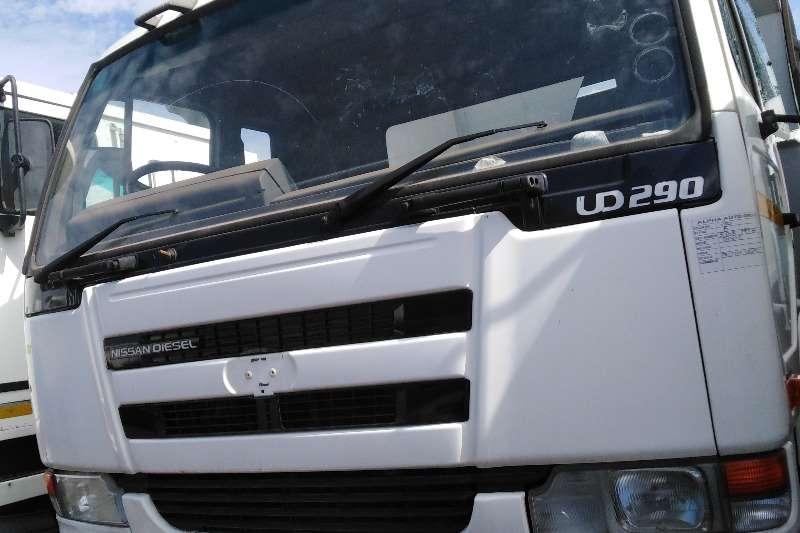 Nissan Truck Tipper 2005 NISSAN UD290 6 CUBE TIPPER TRUCK 2005