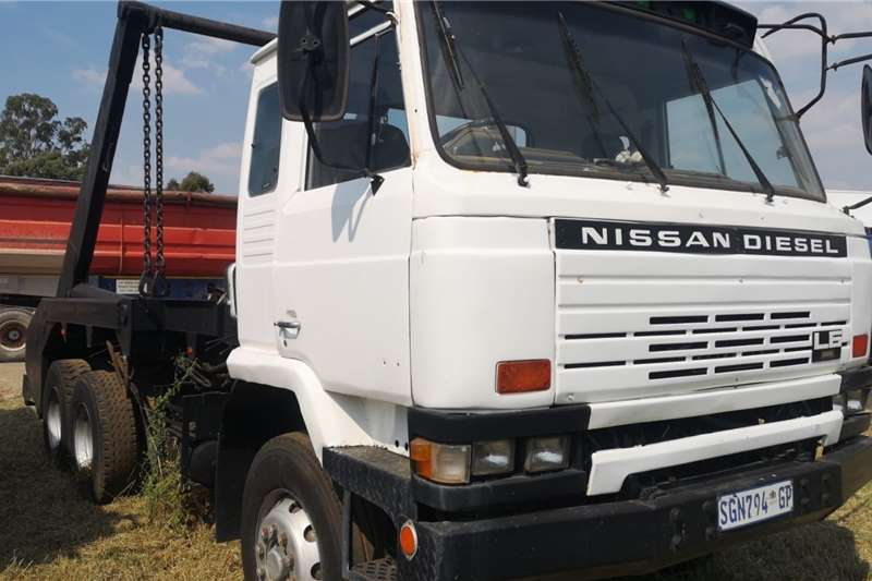 Nissan Truck Tipping body CW45 1994