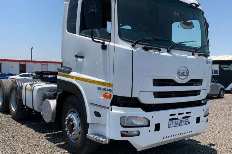 Nissan Truck-Tractor Double axle 2012 Nissan UD Quan GW 26 410 2012