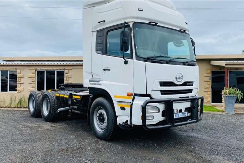 Nissan Truck-Tractor Double axle Nissan UD 460 Hi Roof, Truck Tractor 2011