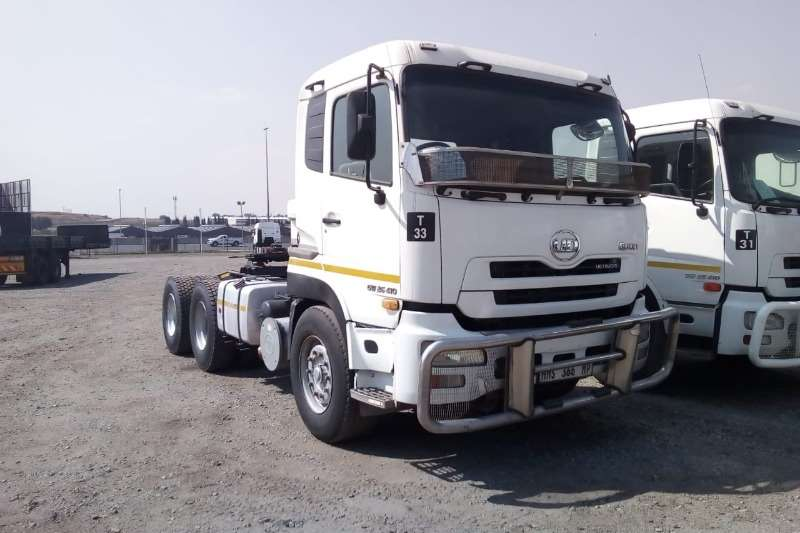 Nissan Truck-Tractor Double axle QUON GW26.410 6x4 Truck Tractor 2014