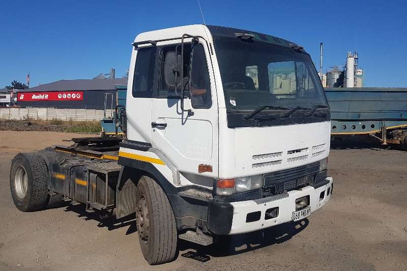 Nissan Truck-Tractor Single axle Nissan CK290 1995