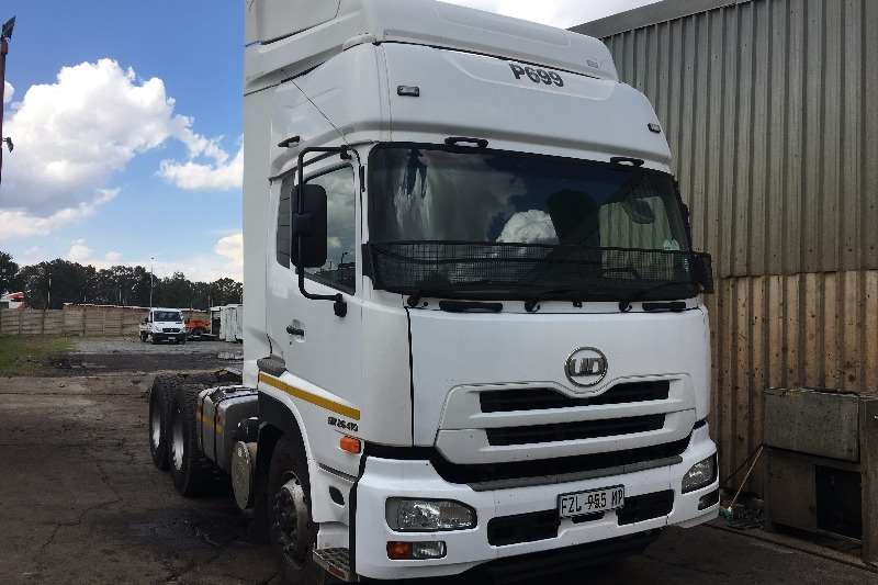 Nissan Truck tractors Double axle 2013 Nissan UD 26 410 Quon 2013