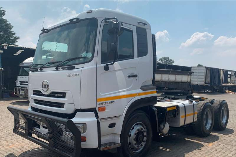 Nissan Truck tractors Double axle 2018 UD GW26 450 2018
