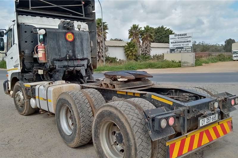 Nissan Double axle Nissan Quon GW26.490 Truck tractors