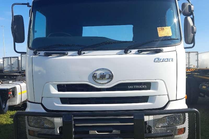 Nissan NISSAN GW26 490 HORSE TRUCK FOR SALE Truck tractors