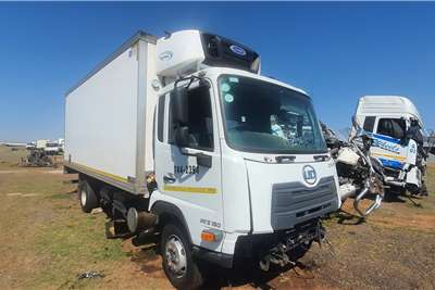 Nissan UD CRONER – STRIPPING FOR SPARES Truck tractors