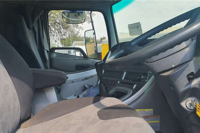 Nissan UD 16000 LT WATER TANKER Truck