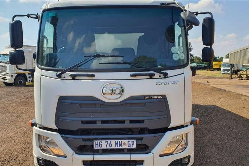 Nissan UD MKE 180 CRONER Truck