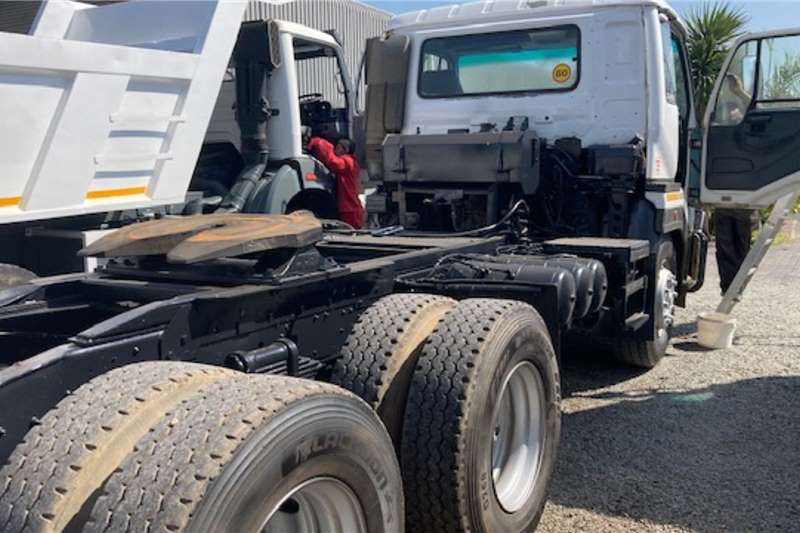 Nissan UD440 Truck