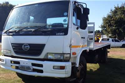 Nissan UD80 flatdeck Truck