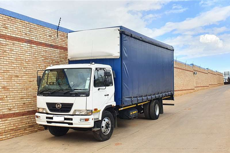 Nissan Truck UD80 WITH 7.5m TAUTLINER BODYONE COMPANY OWNED 2011