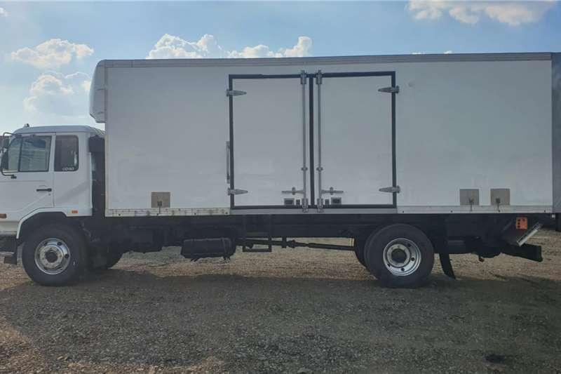 Nissan UD90C VAN BODY Truck