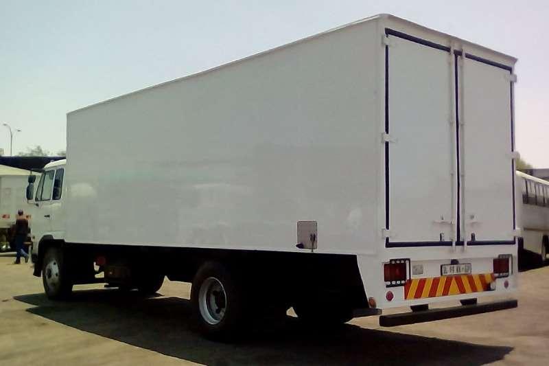Nissan Van body NISSAN UD 80 VAN BODY Truck