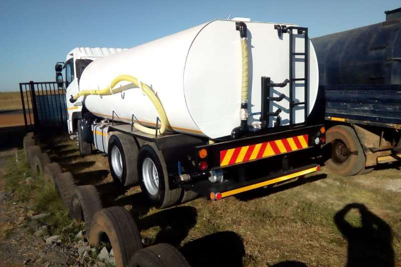 Nissan Truck Water tanker UD390 with 18000Lt water tank