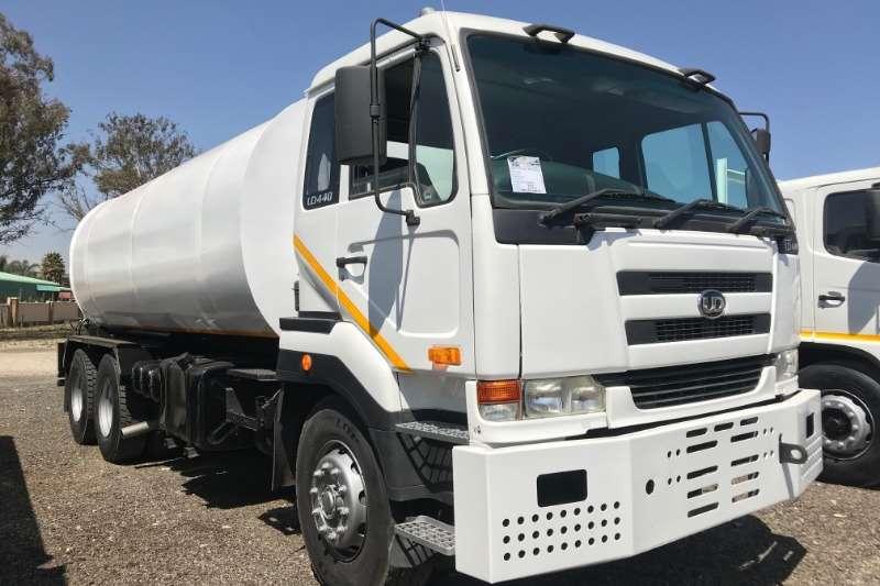 Nissan Truck Water tanker UD440 18000LT Water Tanker 2007