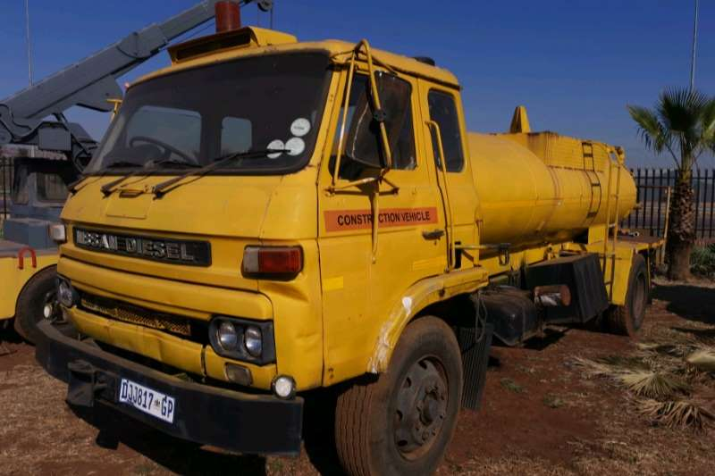 Nissan Water bowser Nissan CK10 UD Water Truck 2002
