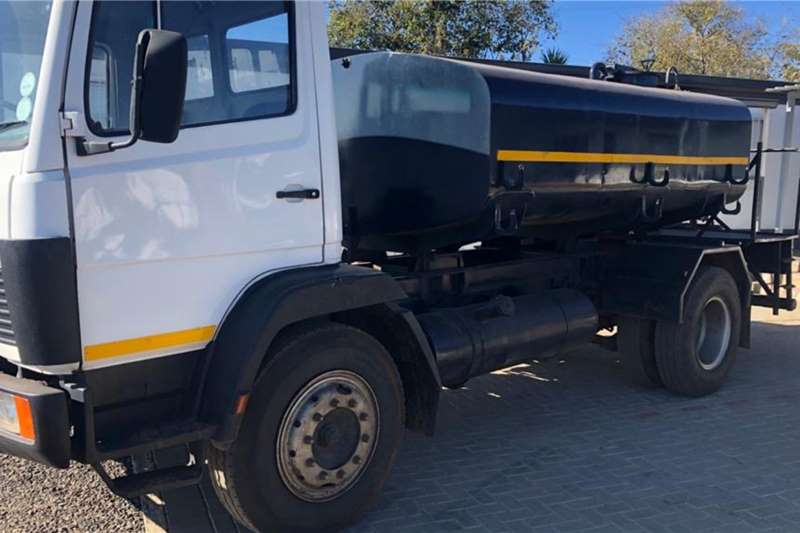 Nissan Water bowser trucks 6000L Water Tank 1214 1993