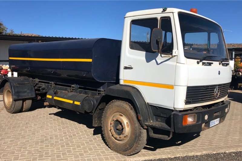 Nissan Water bowser trucks 7000L Water Tank 1214 1993