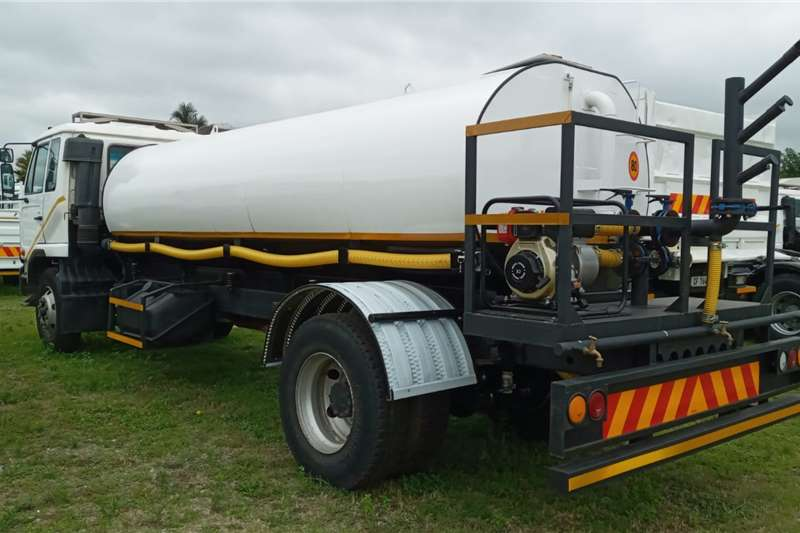 Nissan Nissan UD 90   10 000 LITRES WATER TANKER FOR SALE Water bowser trucks