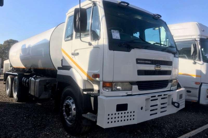 Nissan Water bowser trucks UD440 6x4 18000LT Water Tanker 2007
