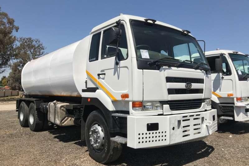 Nissan Water bowser trucks UD440 6x4 18000LT Water Tanker 2008