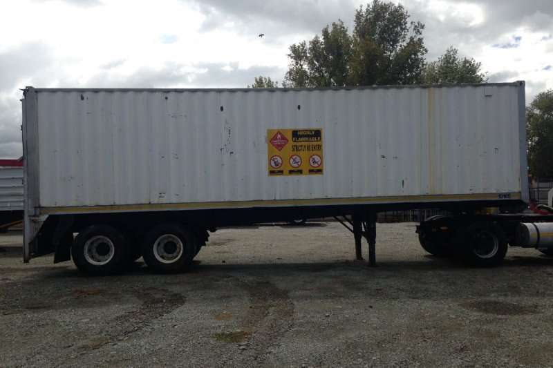 Other Trailers 1990 Double Axle Box Body Trailer 1990