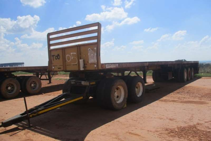 Other Trailers 27 Ton,Tri   Axle Sliding Dolly Flatbed Trailer