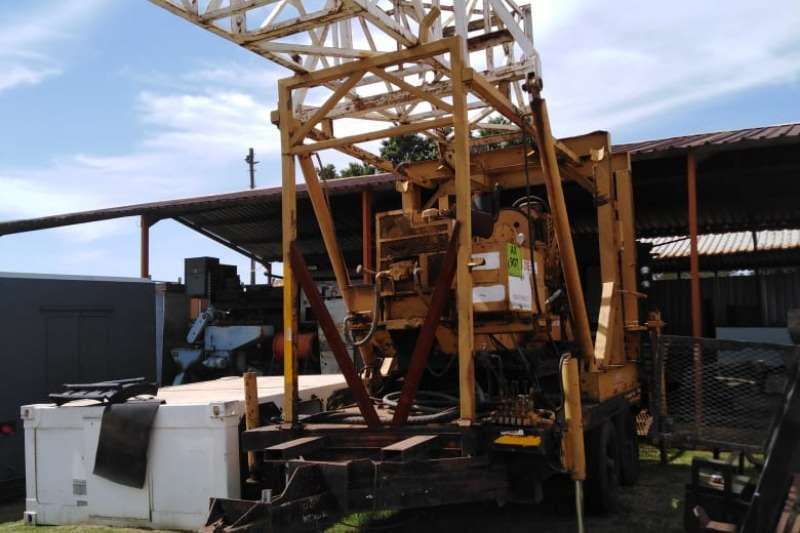 Other Trailers Lowbed Diamond drill rig on trailer
