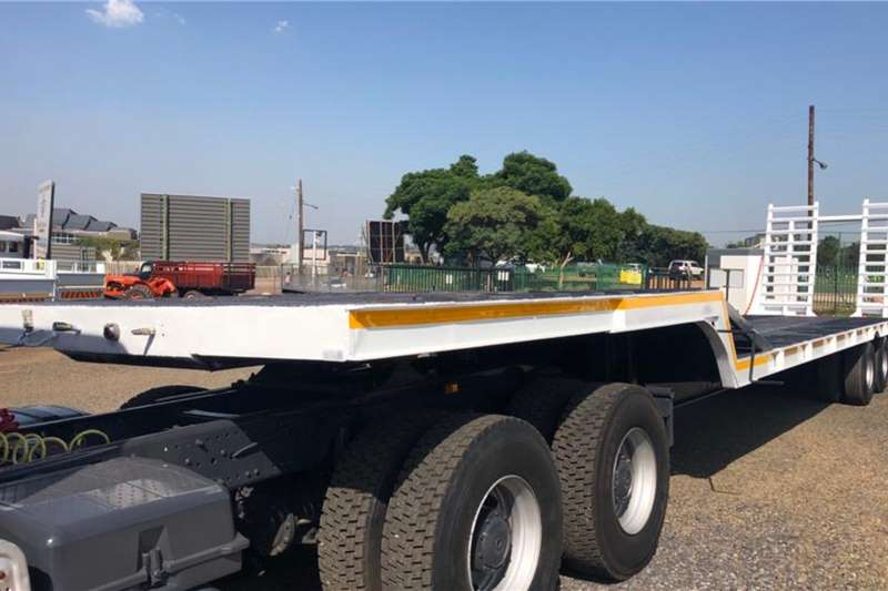 Other Trailers Lowbed Le Mon 2 Axle Stepdeck Trailer with Hydraulic Ramp 2005