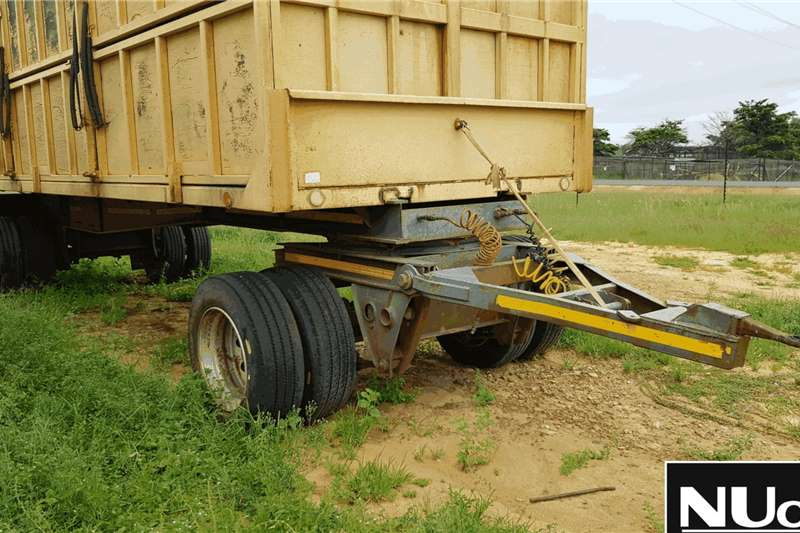 Other Trailers SISEMBEKI SINGLE AXLE DRAWBAR GAME TRAILER 2013