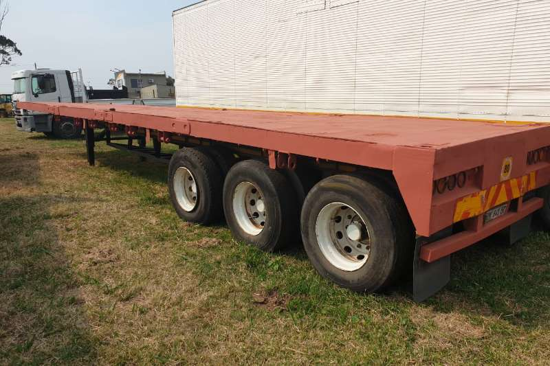Other Trailers Tri-Axle FLATDECK
