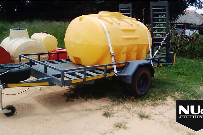 Other Trailers WATER BOWSER ON SINGLE AXLE TRAILER WITH RAMPS