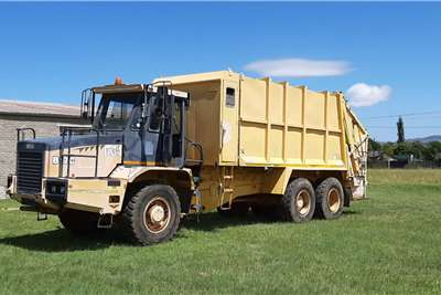 Other Bell B17C Refuse Compactor Truck