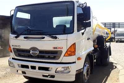Other HINO 500 1326 HONEY SUCKER & WATER SPRAYER TANKER Truck