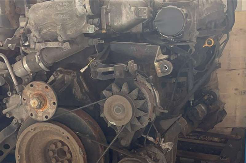 Other 2010 Nissan UD390 GE13 Used Engine Truck spares and parts
